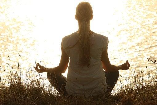 Медитировать и стать спокойнее