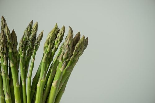 Спаржа и растительные белки