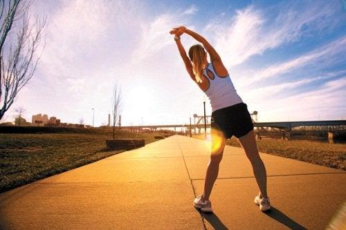 Утренние упражнения помогут тебе улучшить настроение