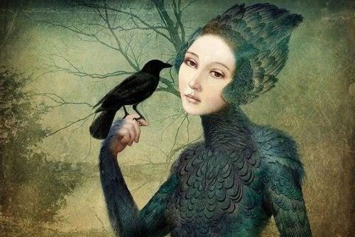 Женщина с вороном