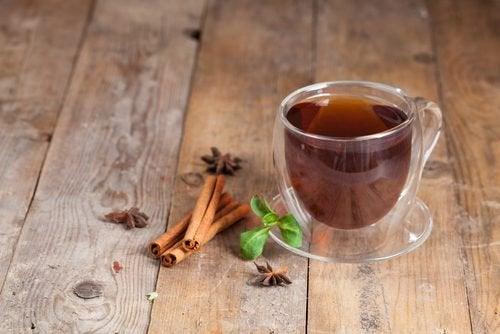 Чай из корицы уберет метеоризм