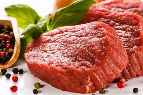 Красное мясо и неприятный запах