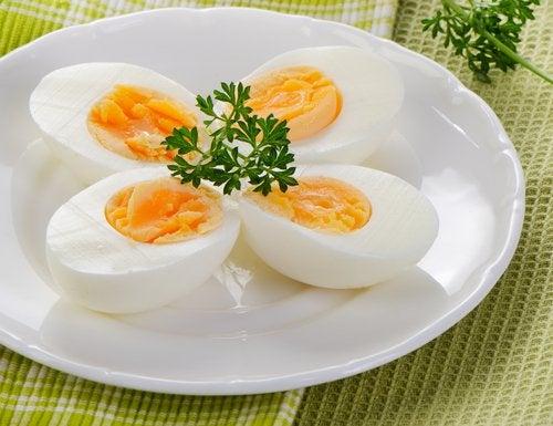 Варёные яйца помогут спать всю ночь и с ними прекращается борьба с бессонницей