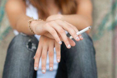 Табак: 8 мифов, которые наносят вред здоровью курильщика