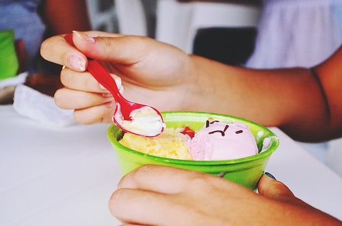 Мороженое из чая с корицей