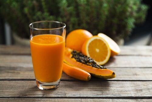 Алоэ вера, папайя и апельсин