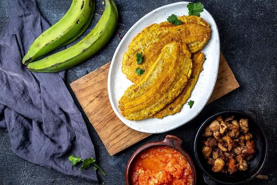Приготовленные зеленые бананы