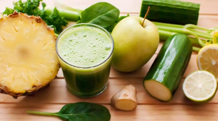 Детокс-коктейли из ананаса помогут вам похудеть