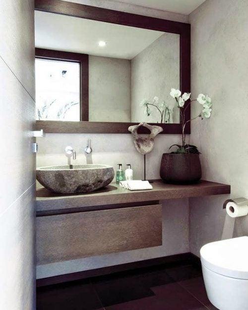Зеркало и дизайн ванной комнаты