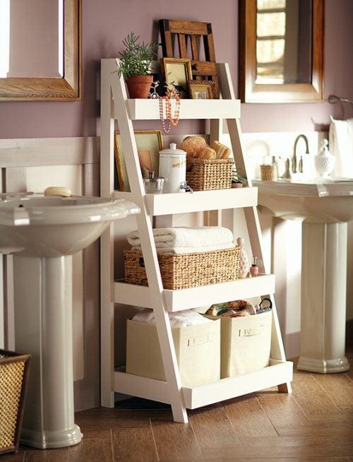 Дизайн и стеллажи ванной комнаты