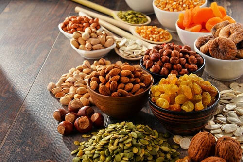 Орехи и сухофрукты и здоровый кишечник