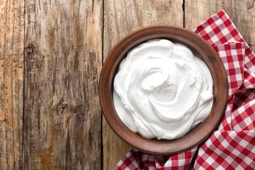Кофе для кожи и йогурт