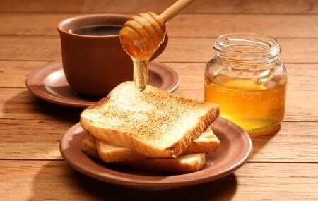 Тост с медом