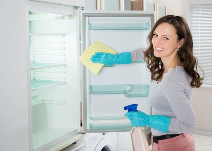 Эффективная уборка холодильника