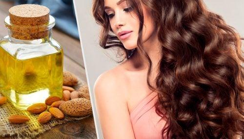 Маски, которые помогут сделать волосы блестящими и шелковистыми
