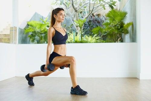 Упражнения в помощь при дряблой коже