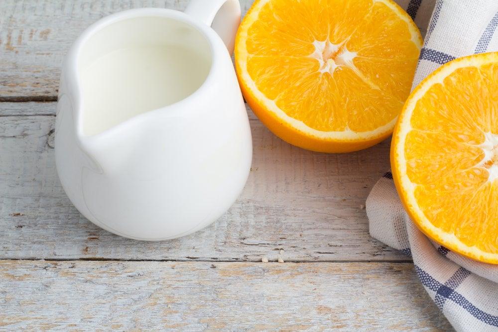 Цедра апельсина поможет осветлить кожу рук