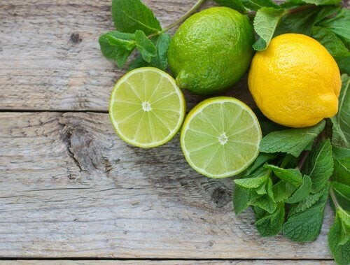 Цитрусовые фрукты лимон и лайм