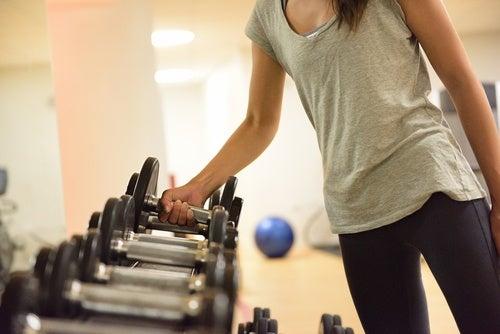 Упражнения и развитие мускулатуры