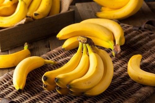 Банан не поможет избавиться от лишних килограммов