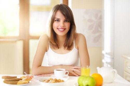 Правильный завтрак поможет похудеть без страданий