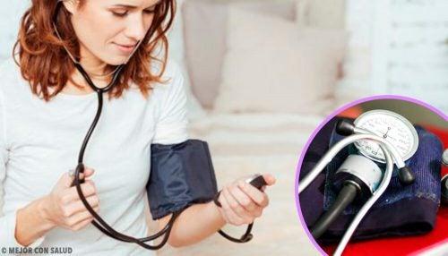 8 советов, которые позволят правильно измерить артериальное давление дома