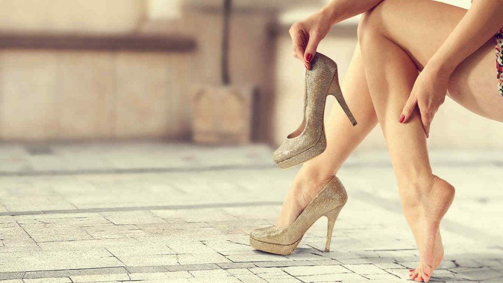 8 хитростей, как ходить в обуви на высоком каблуке до вечера