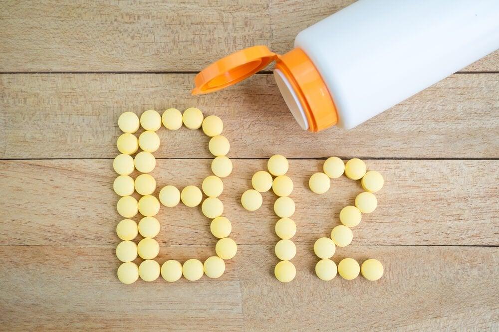 Просыпаюсь по ночам и витамин