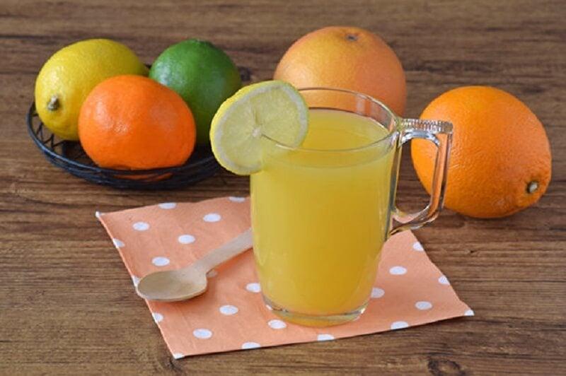 Апельсиновый сок поможет уменьшить объем живота