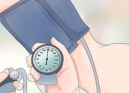 Упражнения, которые помогут снизить артериальное давление