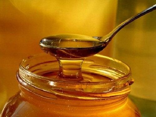 Мёд облегчит кашель у детей