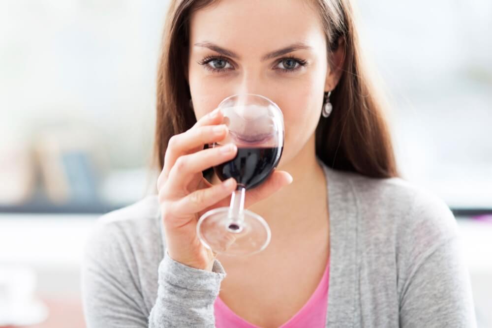 Красное вино наполняет энергией
