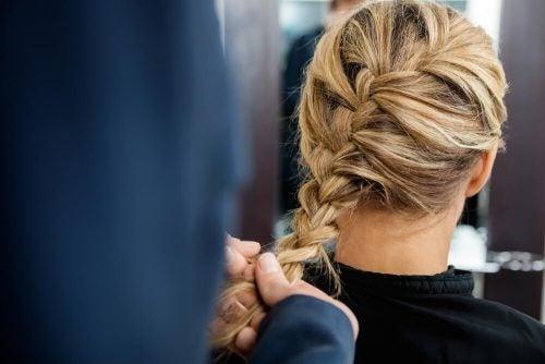 Французская коса и прически с косами