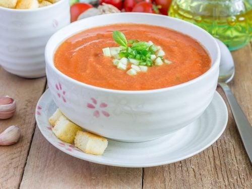 Вкусный детокс-суп гаспачо