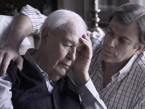 Болезнь Альцгеймера и причины