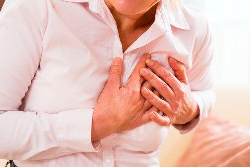 инфаркт у мужчин и женщин и его причины