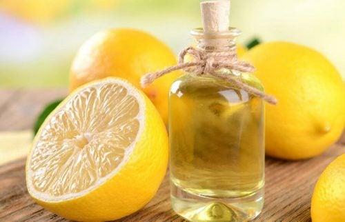Лимон и кокосовое масло помогают уменьшать шрамы