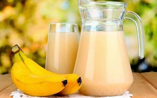 Сок из банана и картофеля помогает при язве желудка