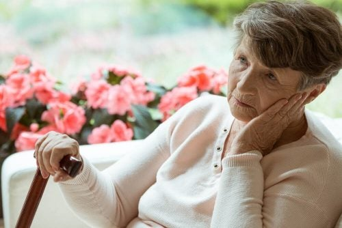 старость и болезнь Альцгеймера