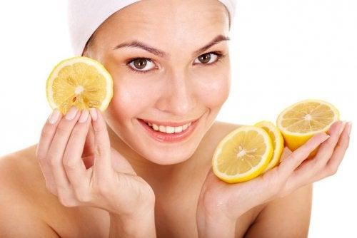 Себорейный дерматит и лимон
