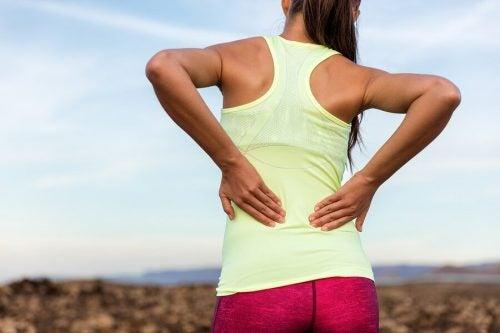 Слабость мышц и боль в пояснице