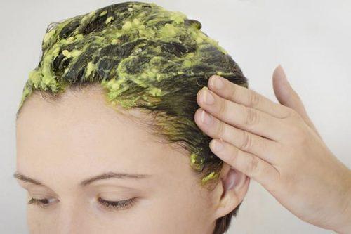 Сухие волосы и авокадо
