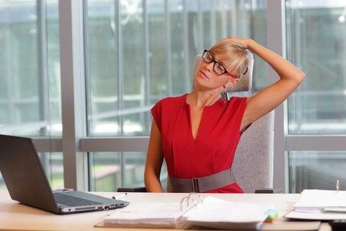 Боли в шее способны испортить жизнь