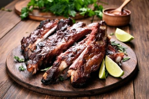 Карамельные свиные рёбрышки: 3 новых рецепта