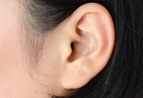 Средство на основе перечной мяты от ушной боли