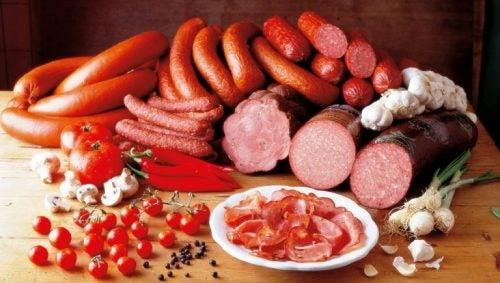 Ужин и мясо