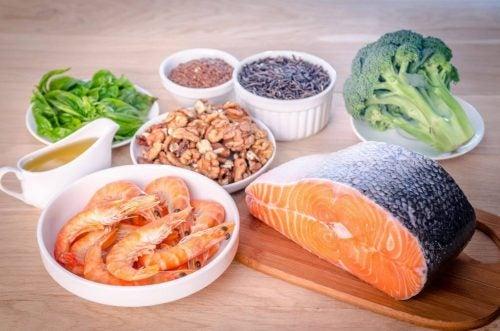 При ревматоидном артрите необходимы продукты, содержащие Омега-3