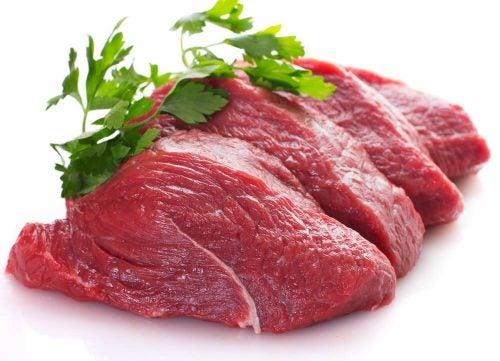 Красное мясо и другие продукты помогут улучшить настроение