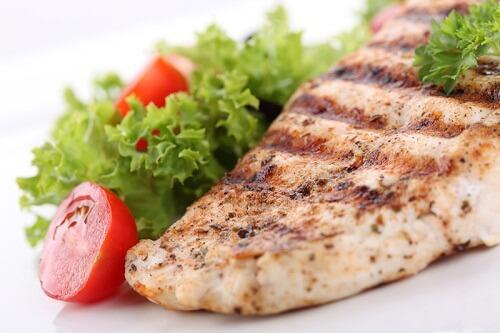 Салат и мясо