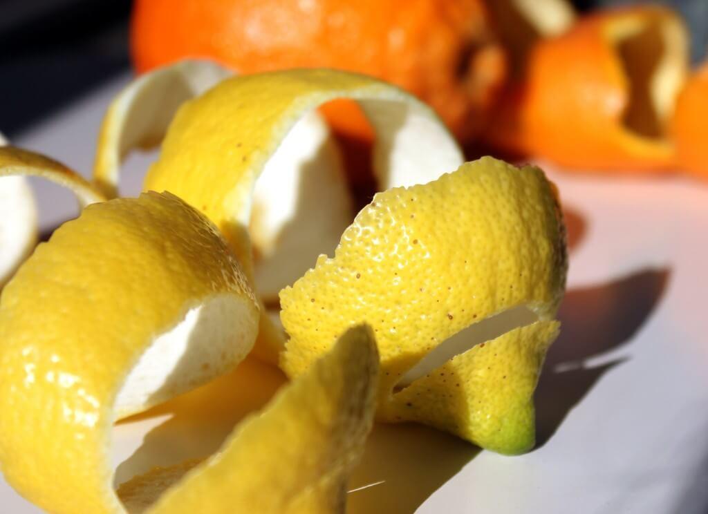 Приготовить лекарство из лимона просто